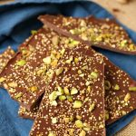 salted-quinoa-chocolate-bark-with-pistachios-3