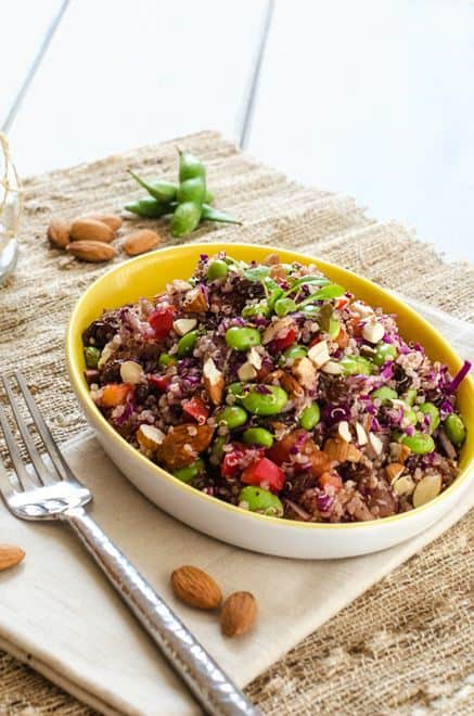 Edamame Quinoa Salad -This vegan quinoa salad is packed with protein ...