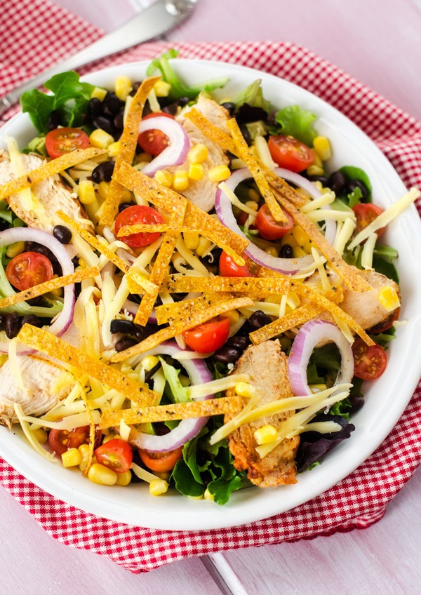 chipotle-chicken-tortilla-salad