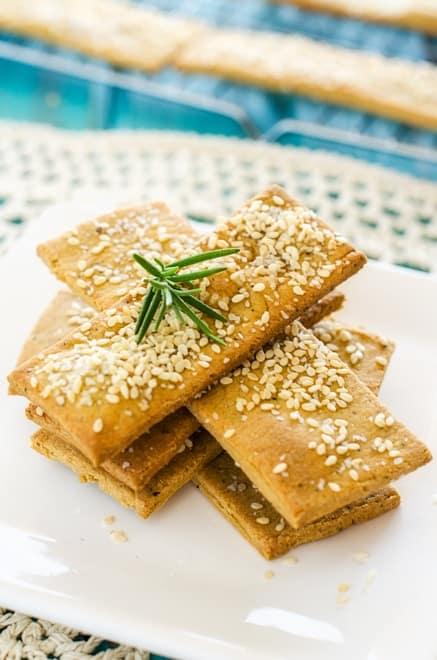 Quinoa Chickpea Crackers - WendyPolisi.com