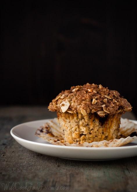 Blueberry Almond Streusel Muffins - WendyPolisi.com