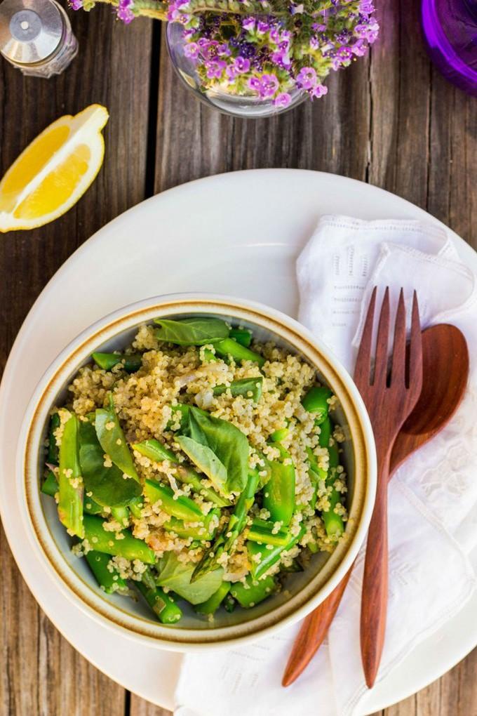 Spring Quinoa Salad with Lemon Vinaigrette