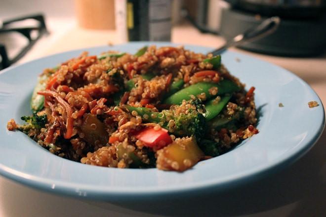 Veggie Quinoa Stir Fry - WendyPolisi.com