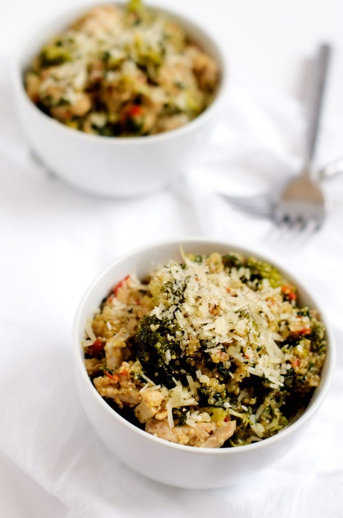broccoli-spinach-quinoa-skillet-3-678x1024