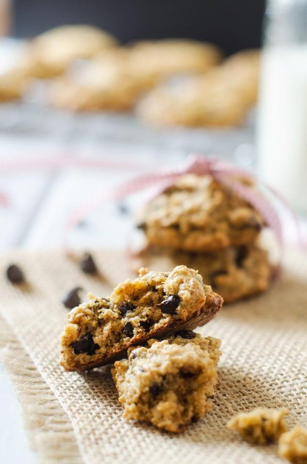 Flourless Chocolate Chip Quinoa Cookies - Gluten Free & Vegan