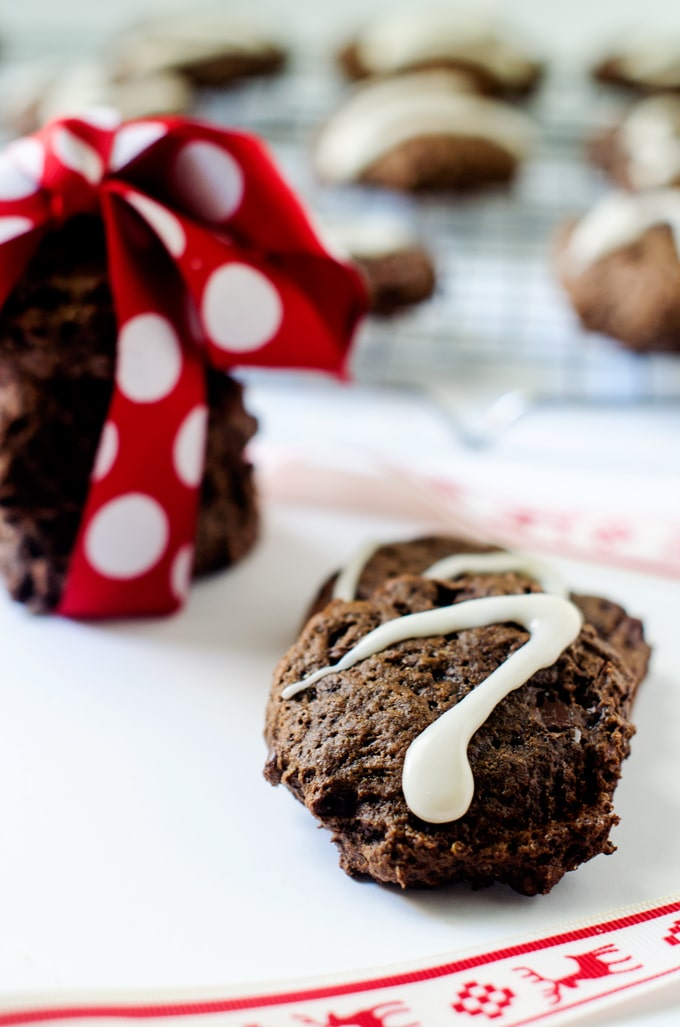 Chocolate Mint Quinoa Cookies