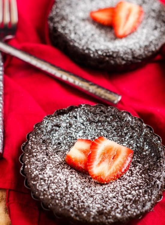Molton Chocolate Quinoa Cakes
