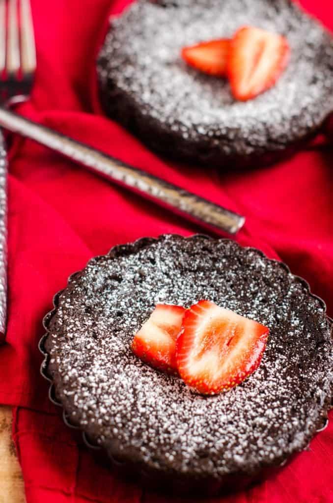 Molton Chocolate Quinoa Cakes - WendyPolisi.com