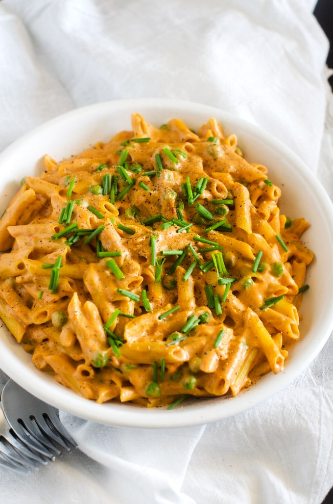 Creamy Roasted Garlic and Tomato Quinoa Penne- WendyPolisi.com