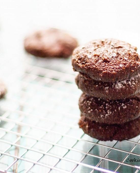 flourlesschocolatecookies2-1024x681