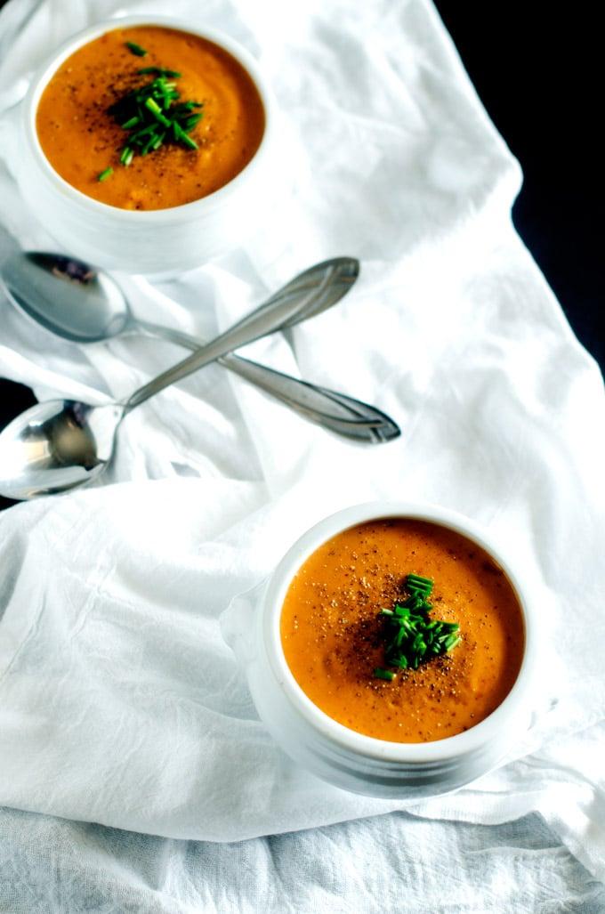 Creamy Garlic Tomato Soup