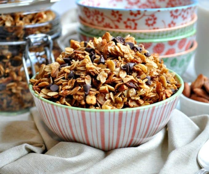 Slow-Cooker-Salted-Caramel-Almond-Granola-8