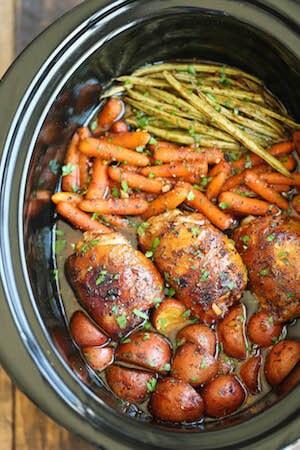 Healthy Slow Cooker Honey Garlic Chicken and Veggies