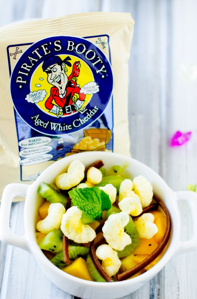 Sweet & Salty Fruit Bowls for Talk Like a Pirate Day - #talklikeapirateday #piratebooty @piratesbooty
