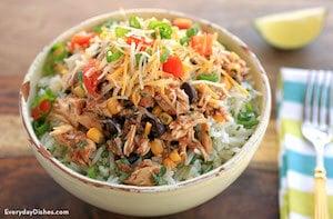 Healthy Slow Cooker Chicken Burrito Bowl
