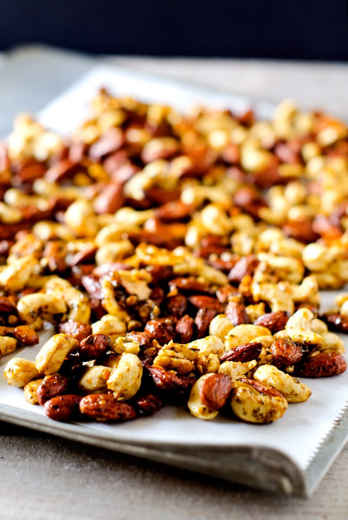 Slow Cooker Curried Cashews and Almonds