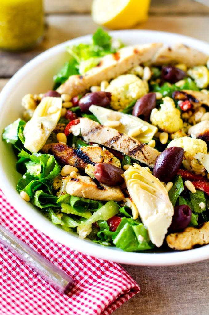 mediterranean-grilled-chicken-salad