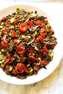 roasted-garlic-tomato-lentil-salad-2