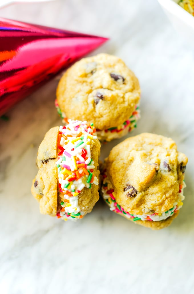 gluten-free-chocolate-chip-ice-cream-sandwiches-5