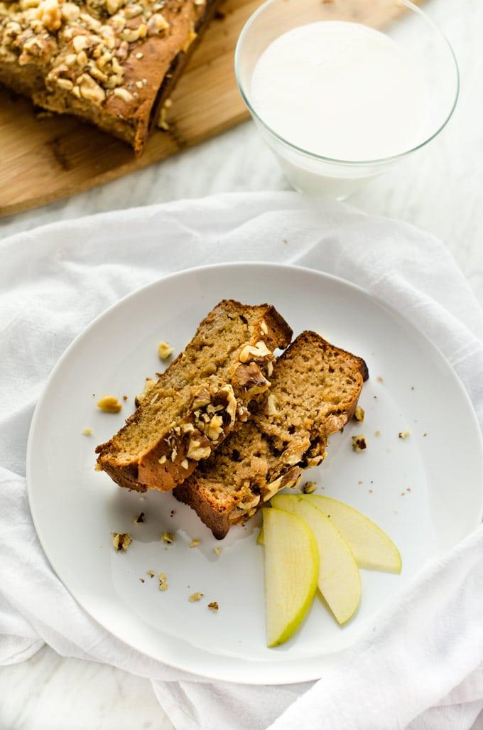 apple-cinnamon-bread-2