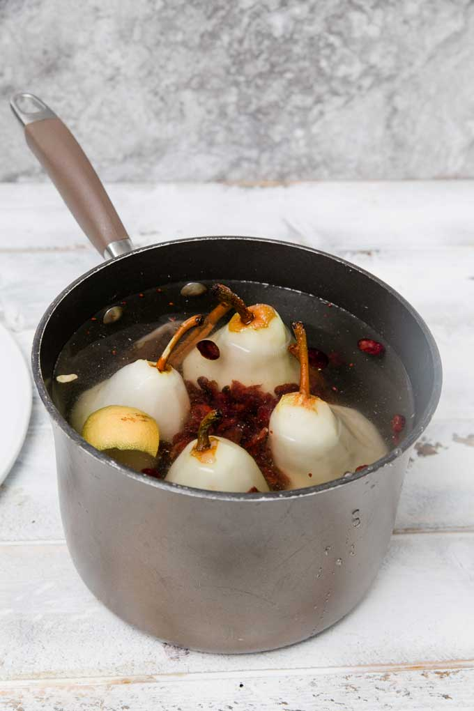 cranberry-spice-poached-pears_12