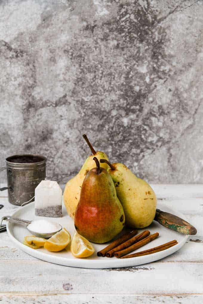 cranberry-spice-poached-pears_2