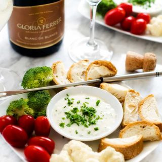 Goat Cheese & Gruyere Fondue